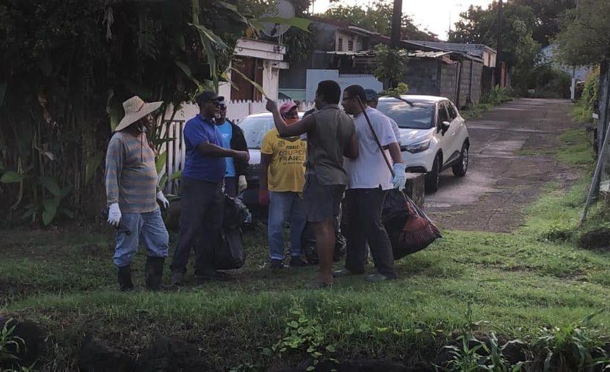 Opération de nettoyage du Parc Paul LACAVE